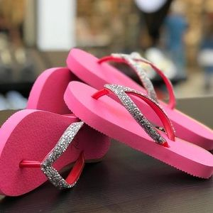 1122ba174 Women Pink Flip Flops Crystals Sandals Slippers